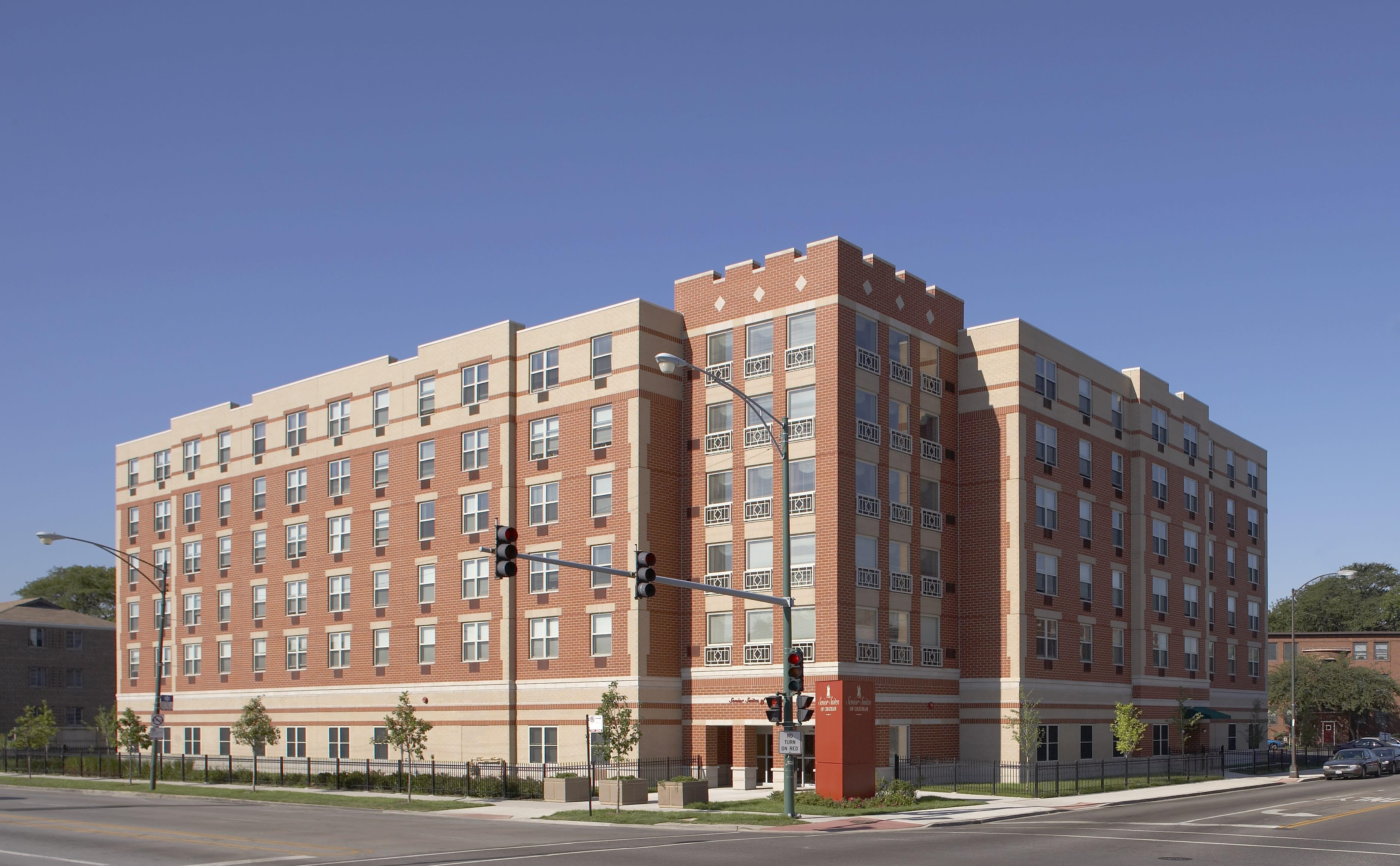 Senior Suites of Chatham Community Exterior