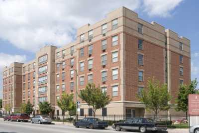 Senior Suites of Washington Heights Community Exterior