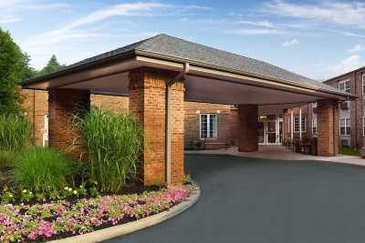 Atria South Hills Community Entrance
