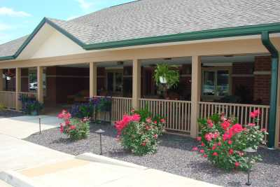 Grand Prairie of Macomb Front Patio