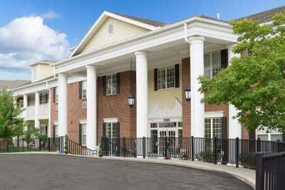 Bickford of Overland Park Community Exterior