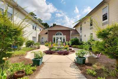 Lakeview Estates Community Exterior