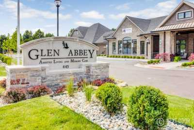 Glen Abbey Assisted Living & Memory Care Entrance