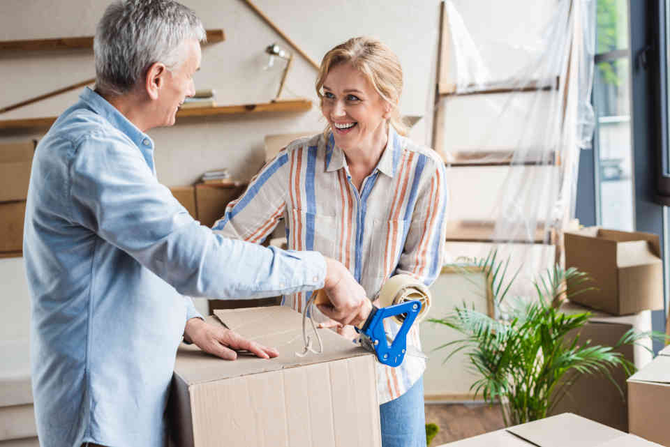 6 Top Tips for Helping Seniors Move | A Place for Mom